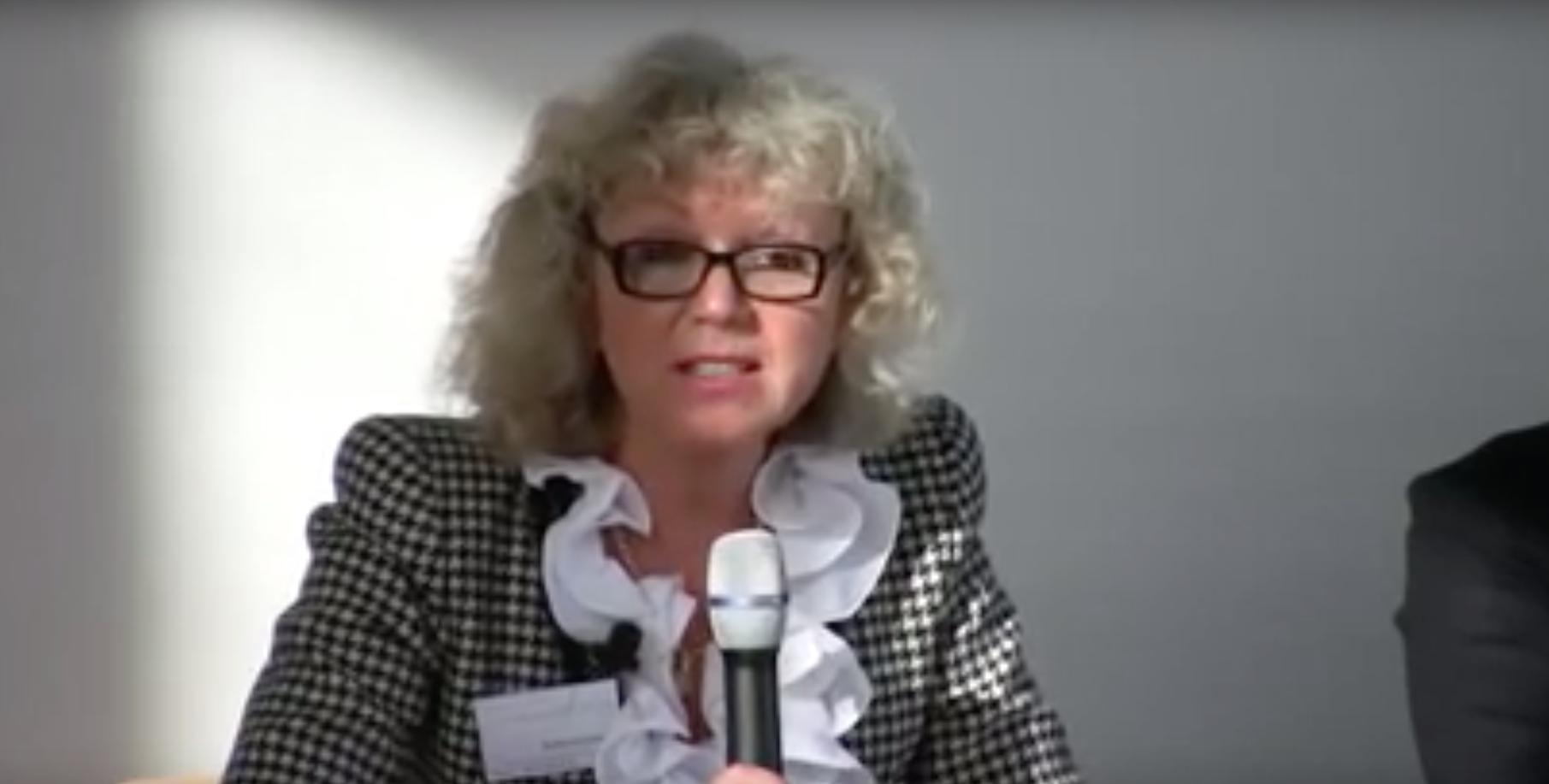 """Dr. Mariana Bozesan at """"Entrepreneurial Thinking: Über Risiko, Scheitern und Gewinnen"""""""